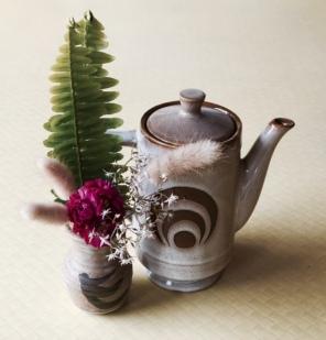 teapot brown