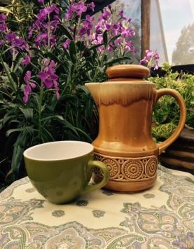 teapot mustard