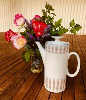 teapot roses