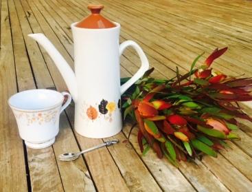 teapot with proteas