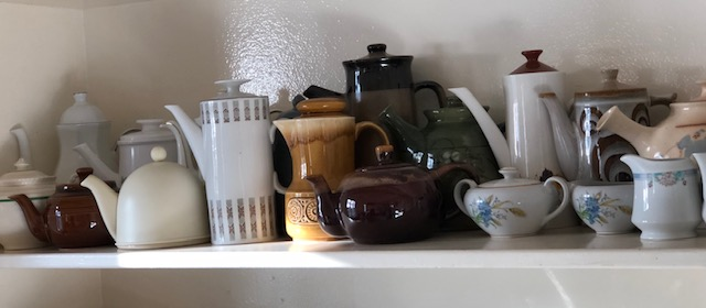 teapots shelf